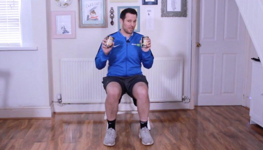 Seated tin workout